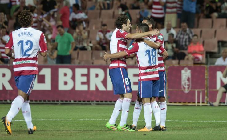 El Granada CF se quita la careta y asusta al Málaga