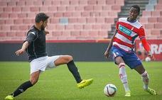 Denílson sale rumbo al Atlético Mineiro brasileño