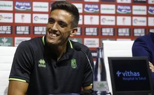 J.A.Martínez: «Quiero que sintáis que soy uno más aunque venga cedido»