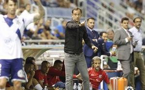 Joseba Etxeberria se convierte en el primer técnico destituido de la temporada