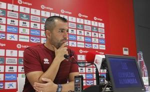 Diego Martínez: «La clasificación me parece una mentira y la única verdad, los puntos»