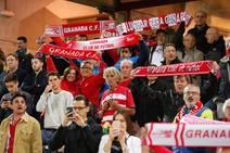 Las mejores imágenes de la afición durante el Granada-Mallorca