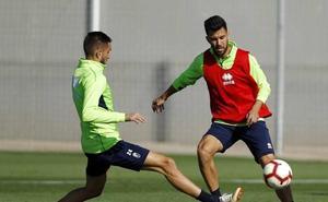 Diego Martínez sigue buscando la forma de suplir a Montoro sin enseñar aún sus cartas
