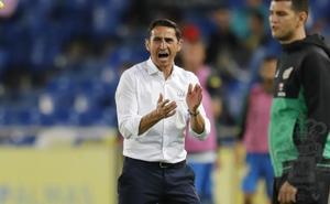 Manolo Jiménez se siente «respaldado» y espera «cambiar la dinámica» frente al Granada