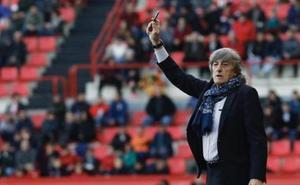 Enrique Martín: «El Granada es un equipo bien puesto que como cometas un error te mata»