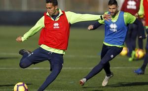 Fede San Emeterio se ausenta del primer entreno del Granada CF