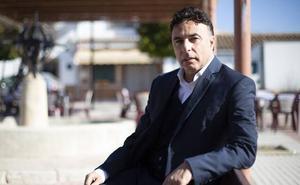 «El Granada, siendo líder, no tiene ningún aire de grandeza y esto es clave para lograr el ascenso»