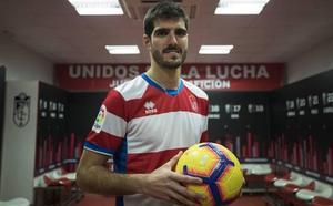 Bernardo Cruz, trabajo y estudio en defensa del buen fútbol
