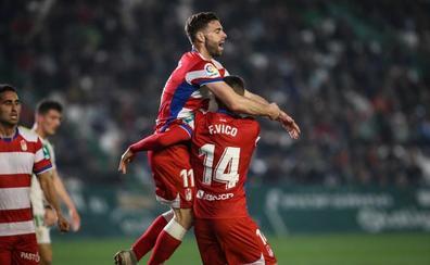 El Granada reacciona y rompe su racha en Córdoba (1-2)