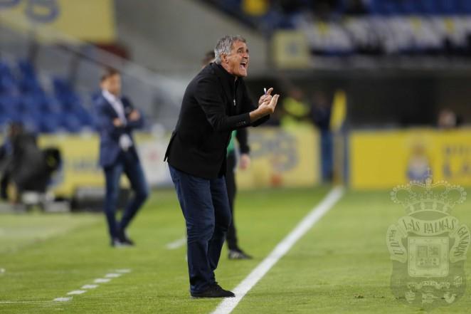 Las Palmas destituye a Paco Herrera y contrata a Pepe Mel