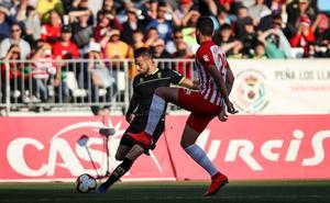 El Granada CF empata en Almería