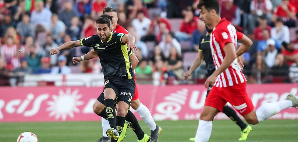 Almería y Granada se anulan mutuamente