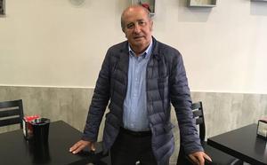 Falito, el incombustible lateral zurdo asturiano de los setenta, en El Molinón