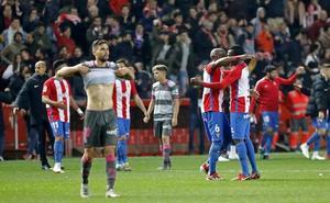 El Granada juega sin mecha en la delantera