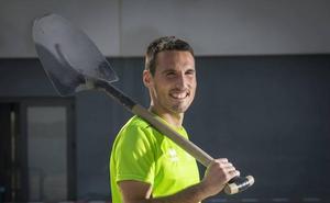 La permanencia del Valladolid deja en papel mojado la opción de compra por San Emeterio