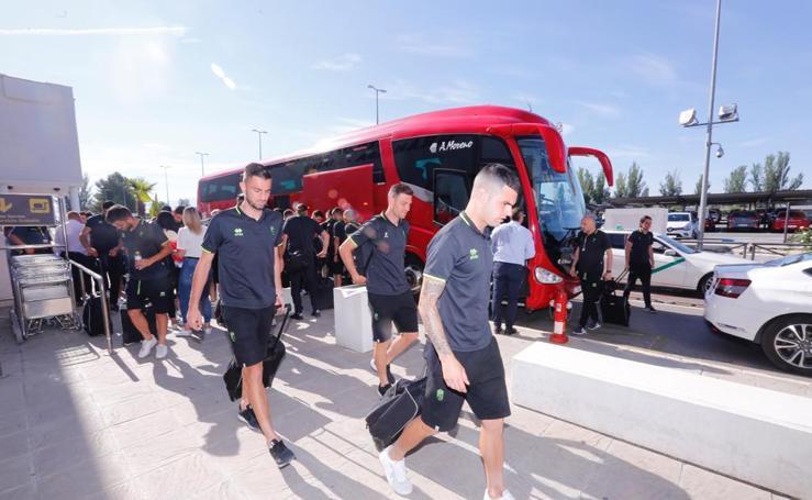 El Granada pone rumbo a Mallorca en busca del ascenso