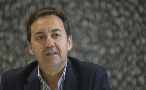 Fernández Monterrubio habla del tope salarial, la plantilla, el estadio y la campaña de abonados
