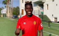 El Mallorca suma otro delantero más con Zlatanovic y firma al rápido lateral Lumos