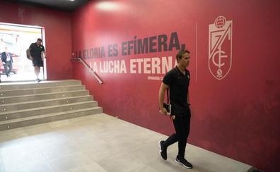 Lopetegui: «Todos los rivales del Granada sufrirán en Los Cármenes»
