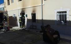 Herido un anciano de 80 años en el incendio de su casa en Pedro Martínez