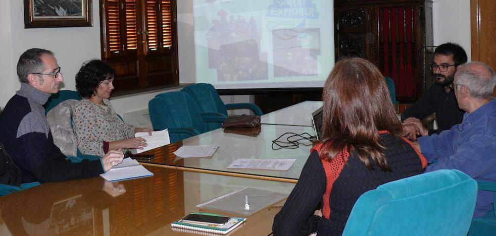 Los centros educativos de Guadix se interesan por el programa internacional 'Water explorer'