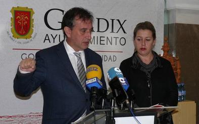Guadix remodelará su pista de futbito gracias al plan de infraestructuras deportivas de Diputación