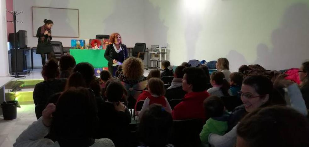 María del Charco revisa los cuentos tradicionales desde la igualdad
