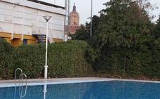El Ayuntamiento publica las bases para la selección del personal necesario para la piscina municipal