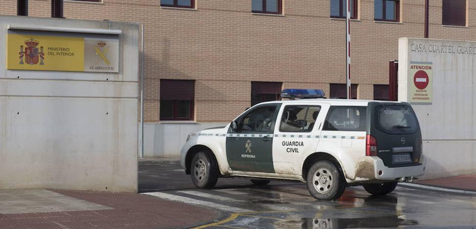 La Guardia Civil detiene en Guadix a un pasajero de un autobús como presunto autor de un delito de abuso sexual