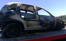 Un turismo se incendia mientras circulaba entre Bejarín y Benalúa