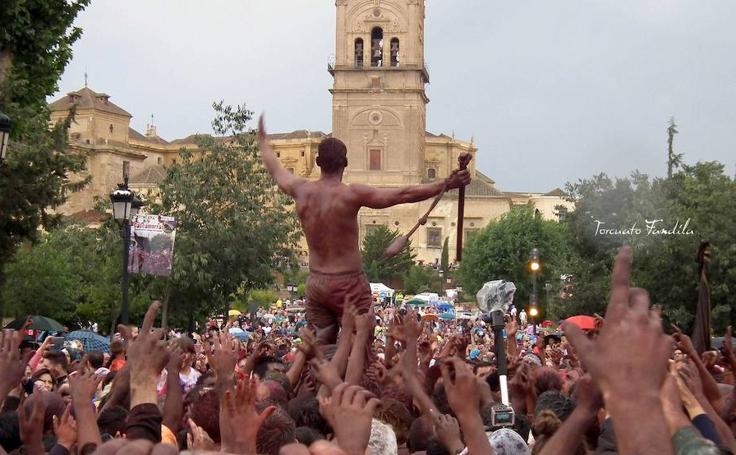 Las mejores imágenes del Cascamorras en Guadix