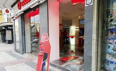 Roban de madrugada en otro establecimiento de telefonía del centro de Guadix