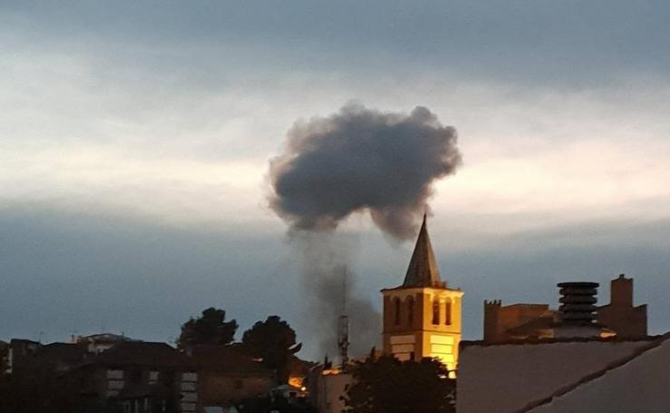 Explosión en una pirotecnia de Guadix con tres víctimas mortales