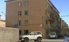 Acuerdo institucional para la comercialización de 15 viviendas protegidas en Guadix