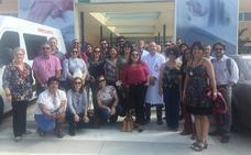 El Hospital de Guadix recibe a un grupo de profesionales de Brasil que realizan una pasantía