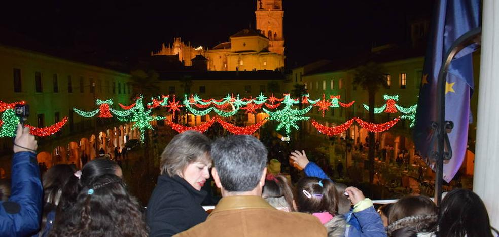 Guadix ilumina su Navidad