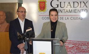 Aguas de Guadix patrocina los premios del concurso de luminarias