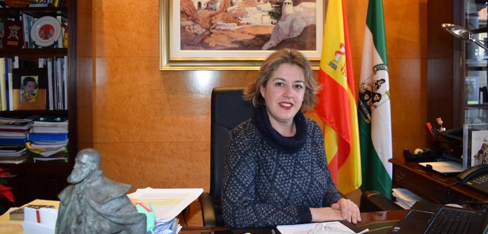 La alcaldesa de Guadix solicita una reunión urgente con la nueva consejera de Fomento