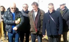 Jesús Lorente se congratula de que se dé cumplimiento al convenio con la Diputación para la construcción de viviendas sociales