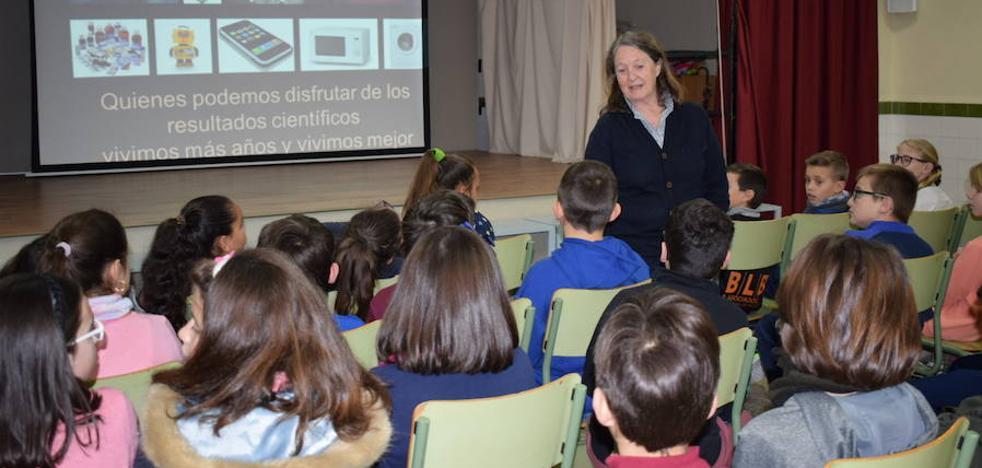 Guadix celebra el Día Internacional de la Mujer y la Niña en la Ciencia con diversas conferencias
