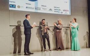 El accitano Juan Miguel Medialdea consigue cinco galardones en la gran noche de la peluquería andaluza