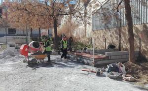Avanzan las obras de la zona deportiva junto al parque de Santa Clara