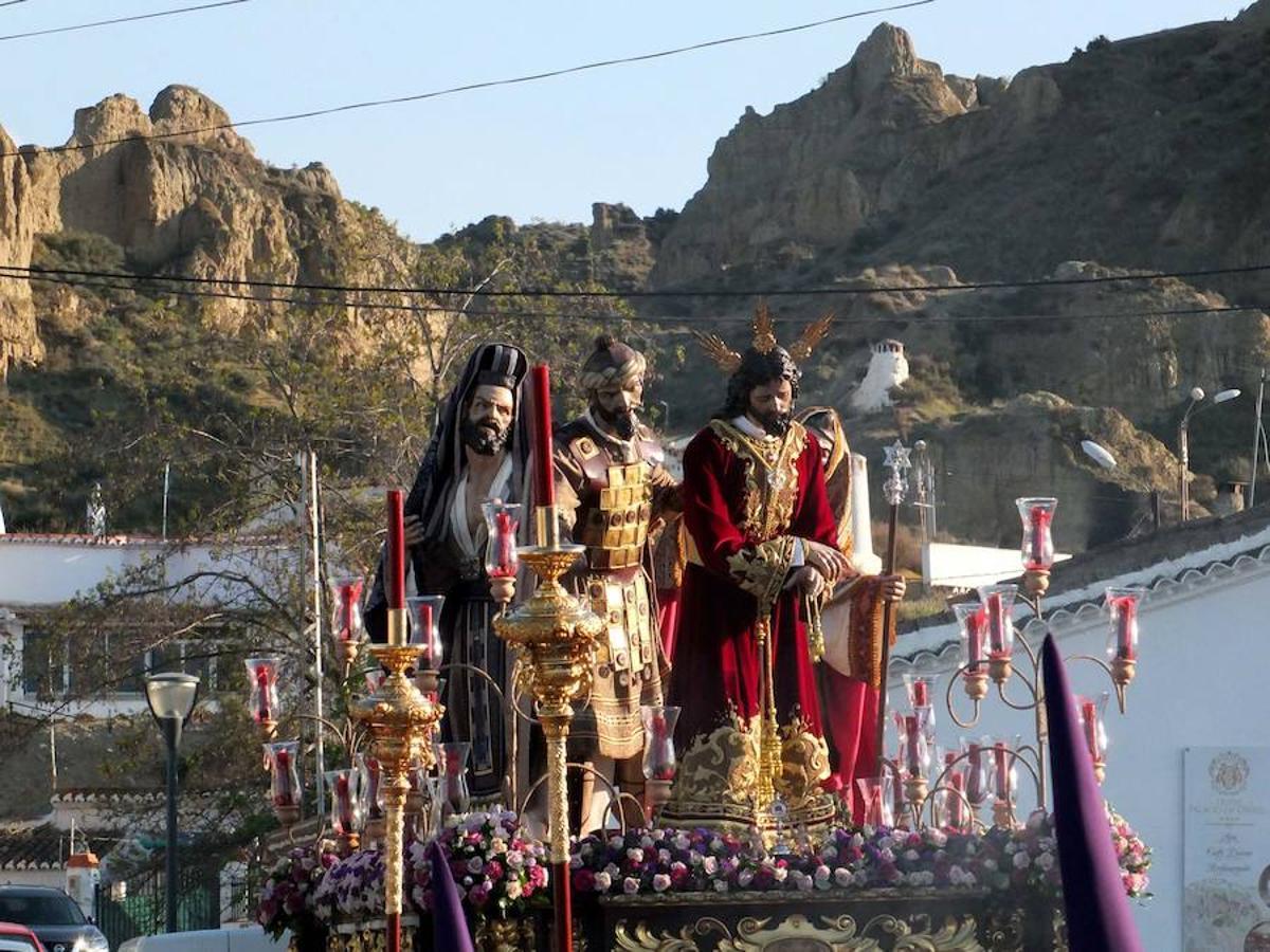 Pasión y Rosario abrió la Semana Santa accitana