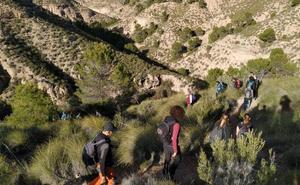 Jornada de senderismo por el Sendero de Trancamulas del Monte Pajarillo con la Marcha Solidaria Contra el Cáncer