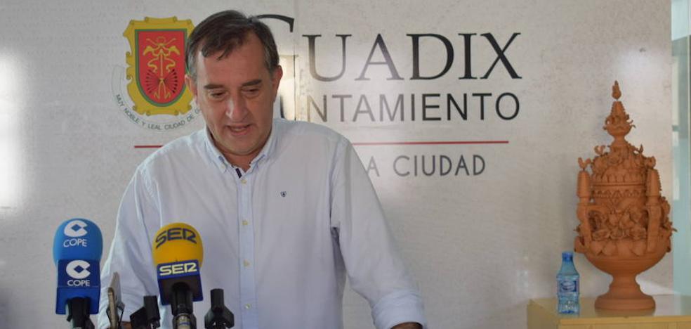 El portavoz del Equipo de Gobierno lamenta que no se haya culminado el proceso comprometido de remodelación de la Avenida Buenos Aires