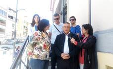 La delegada de Agricultura, María José Martín, visita Guadix para apoyar la candidatura de Jesús Lorente