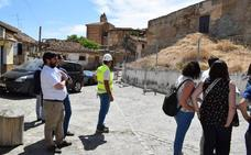 La firma del acta de replanteo de los trabajos de la Alcazaba con cargo al 1'5% cultural da pie al inicio de las obras