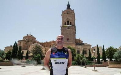 El triatlón de Guadix cumple el domingo 30 de junio cinco ediciones