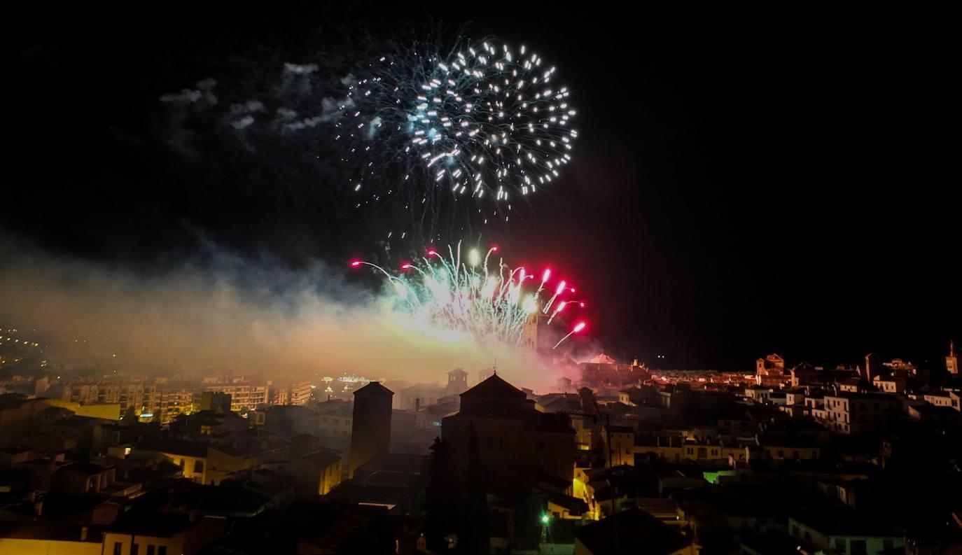 Los fuegos ponen el punto y final a la Feria 2019