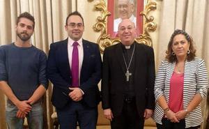 Mons. Orozco recibe a la nueva Federación de Hermandades y Cofradías de Semana Santa de Guadix